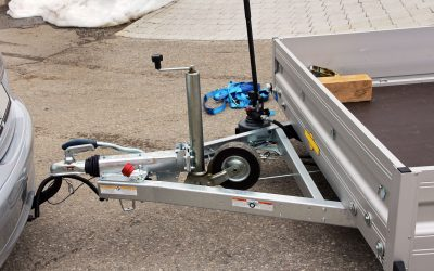 Moving Guide: How To Hook Up A Trailer Hitch
